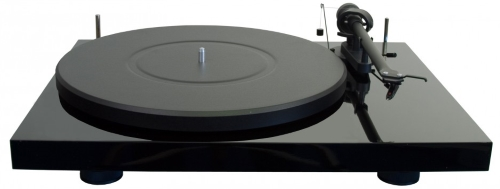 Pro-Ject Debut Carbon DC sampling turntable
